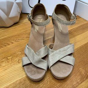 Toms Beige Cork Wedge Sandals